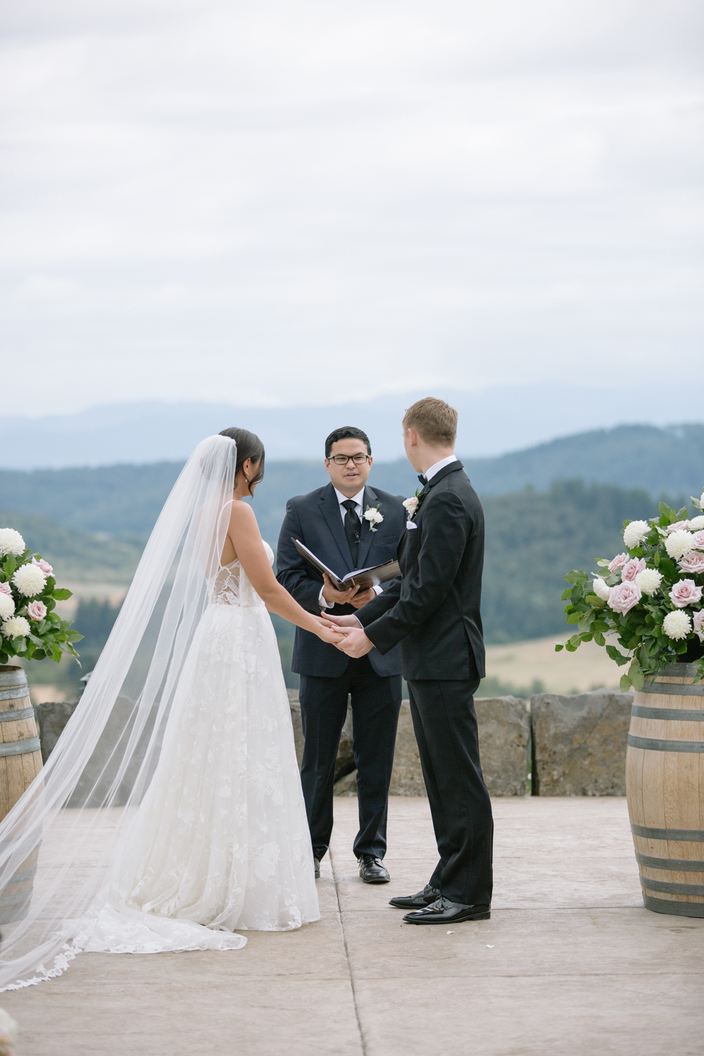 Youngberg Hill Vineyard Wedding in Wine Country Oregon - Corrie Mick Photography-275.jpg