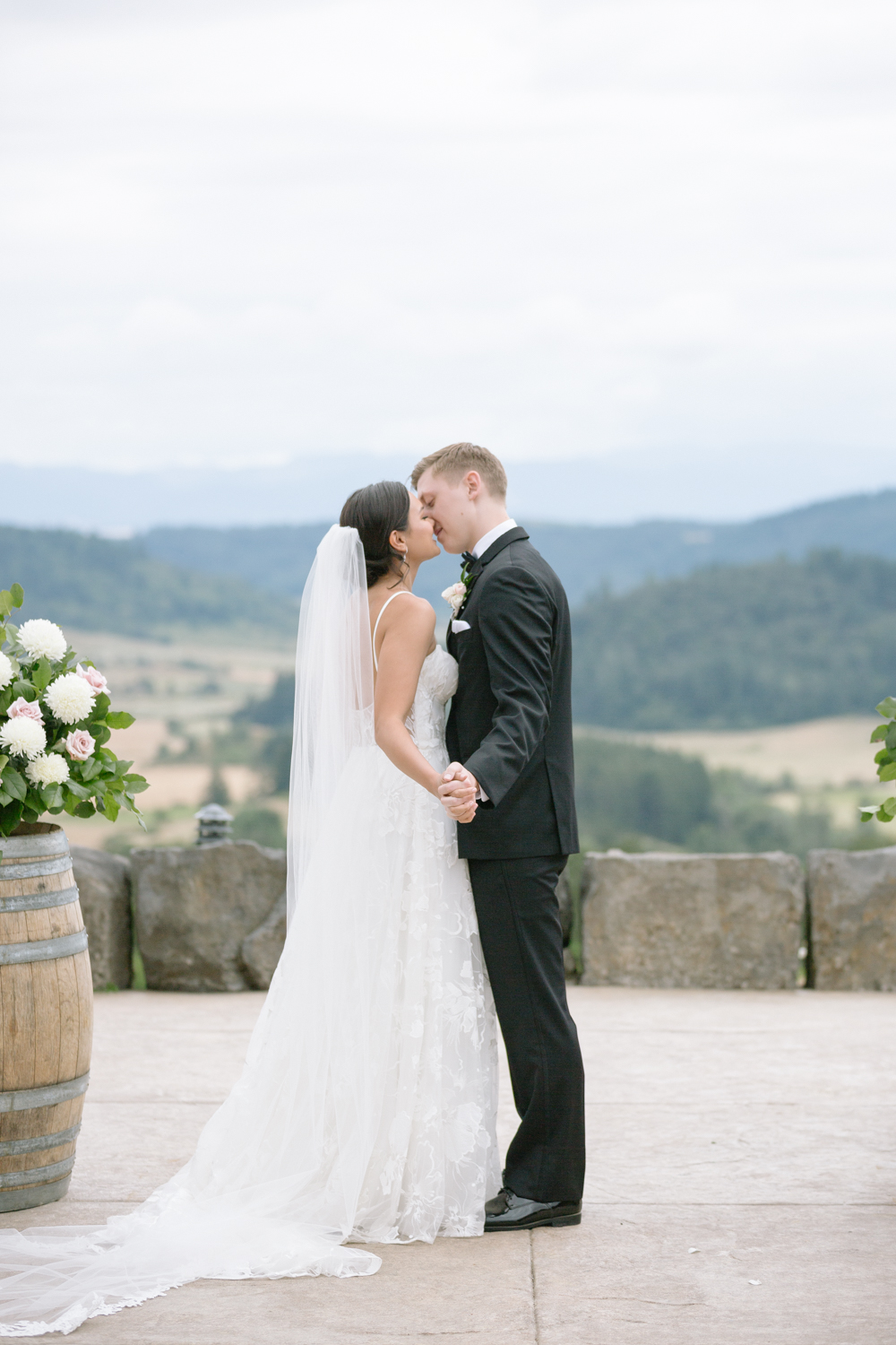 Youngberg Hill Vineyard Wedding in Wine Country Oregon - Corrie Mick Photography-325.jpg