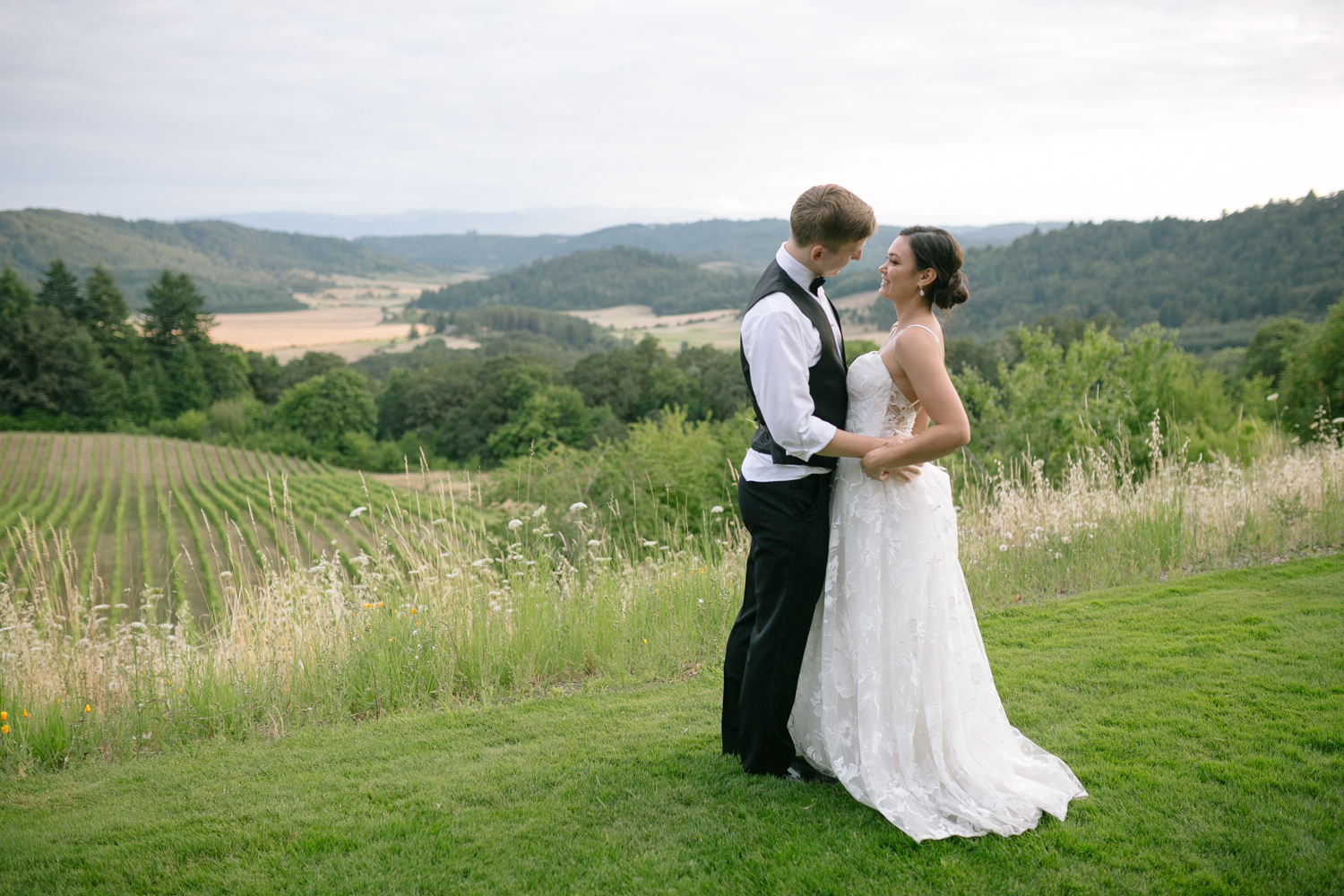 Youngberg Hill Vineyard Wedding in Wine Country Oregon - Corrie Mick Photography-206.jpg