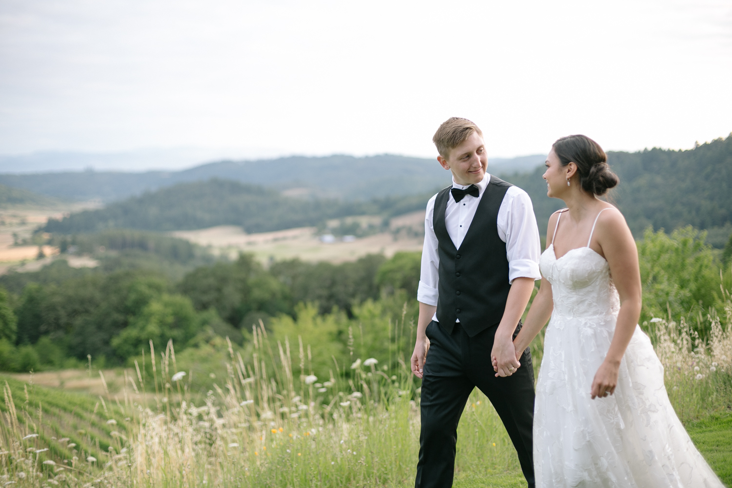 Youngberg Hill Vineyard Wedding in Wine Country Oregon - Corrie Mick Photography-223.jpg