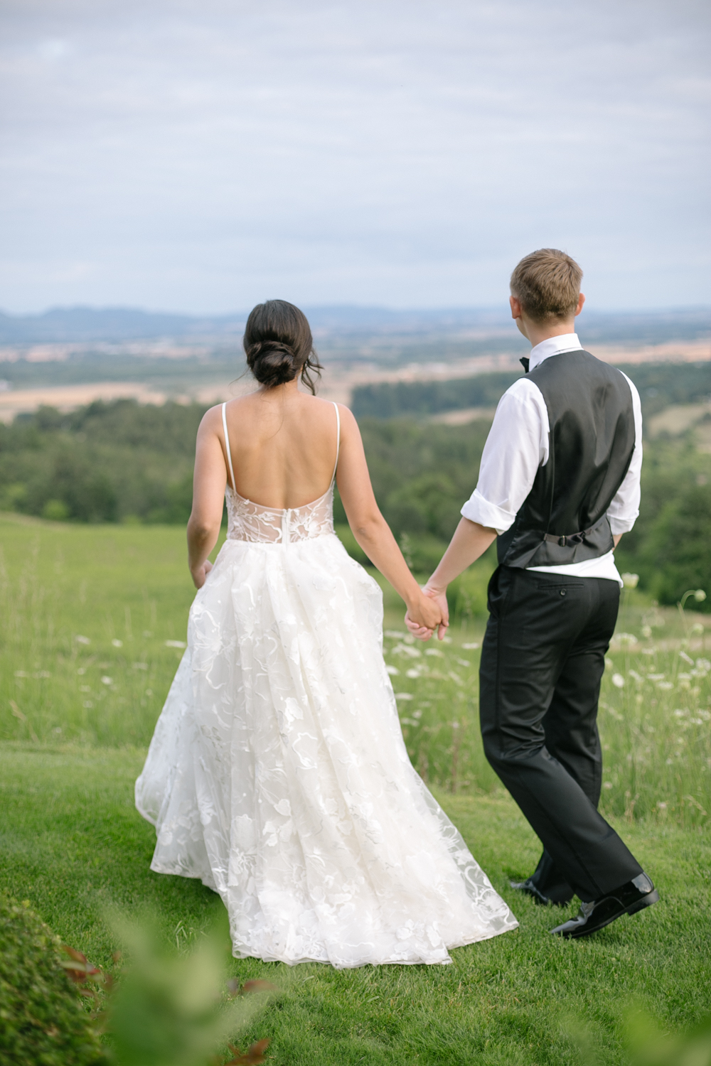 Youngberg Hill Vineyard Wedding in Wine Country Oregon - Corrie Mick Photography-224.jpg