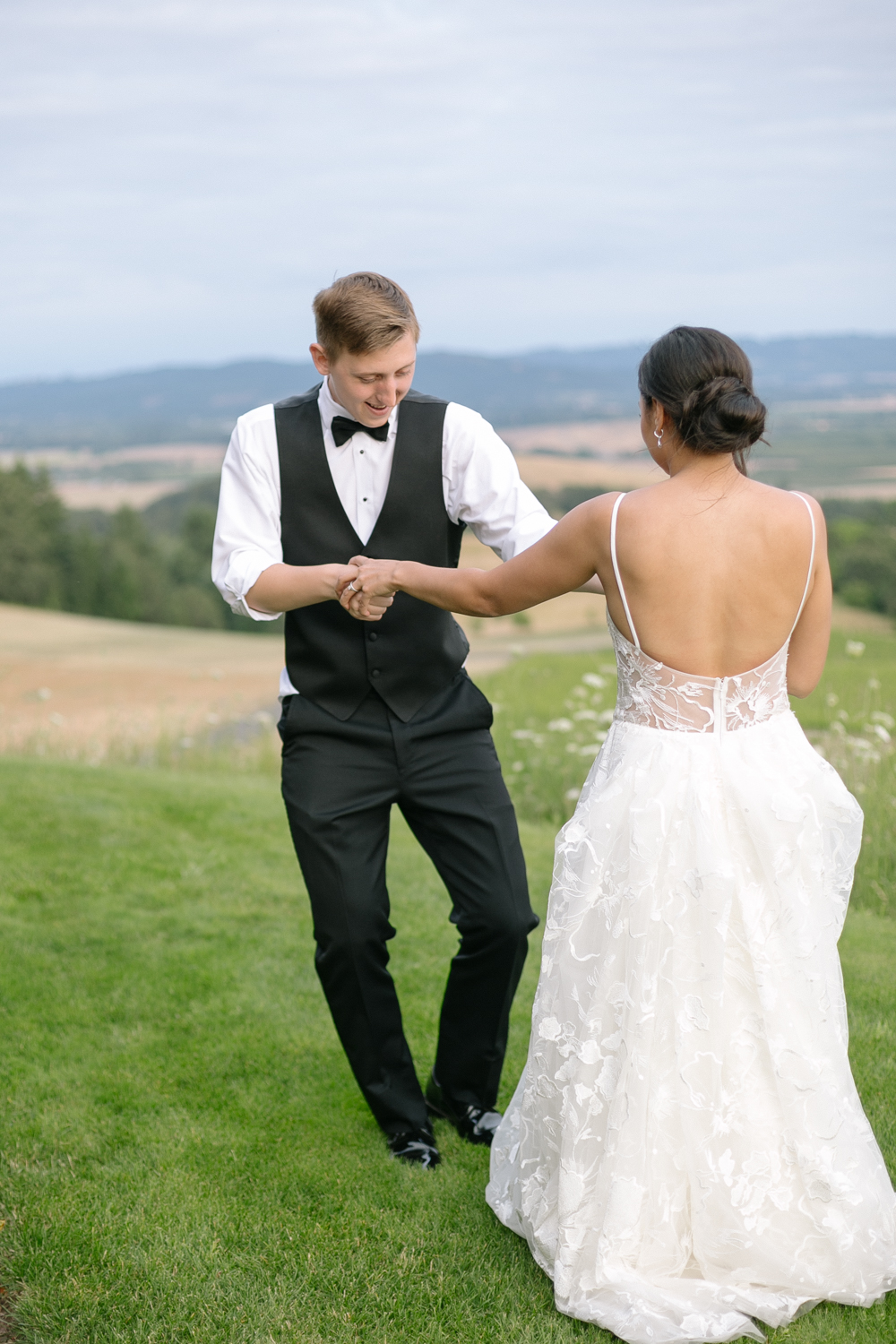 Youngberg Hill Vineyard Wedding in Wine Country Oregon - Corrie Mick Photography-228.jpg