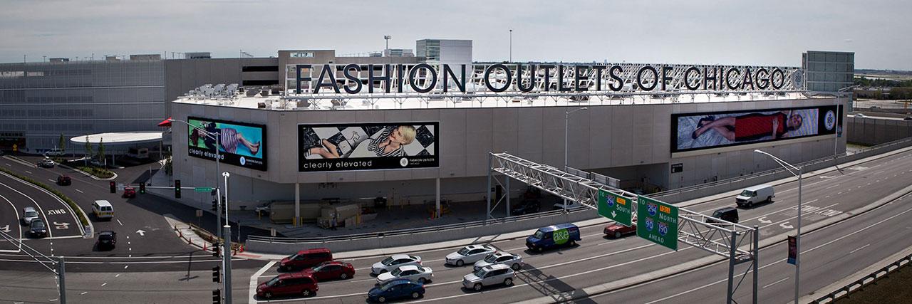 Fashion Outlets.jpg