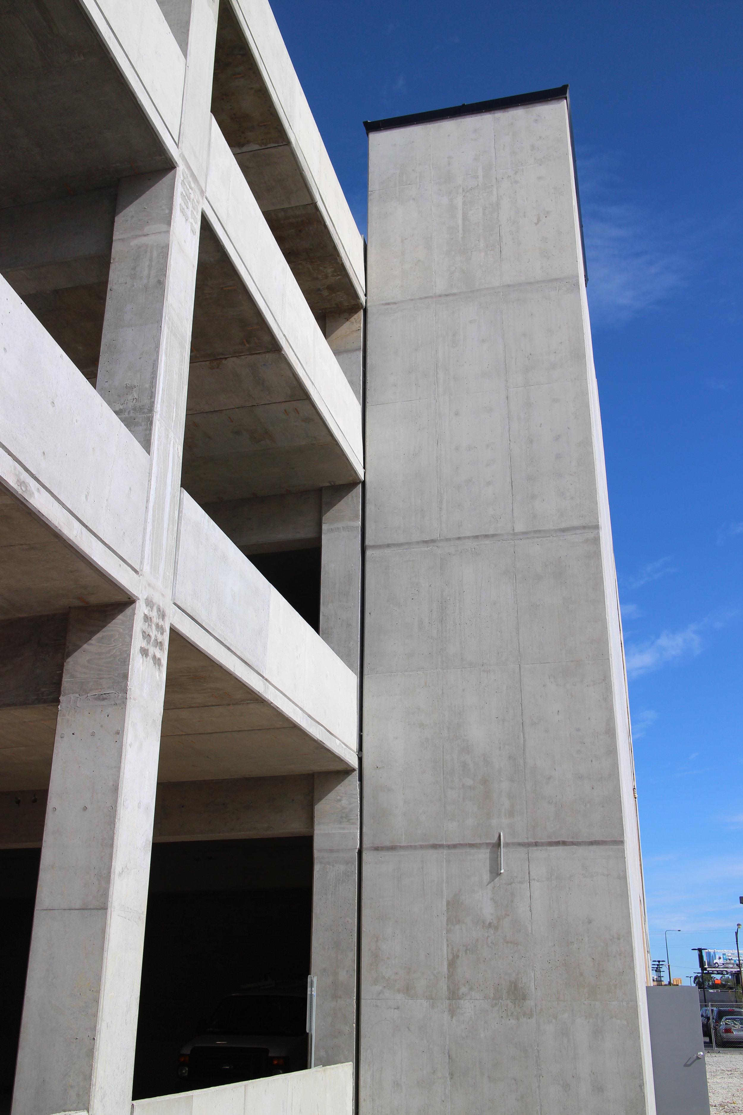 Midwestern Parking Garage photo.JPG