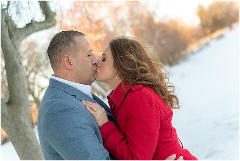 maweddingphotographer_winterengagement_engagementphotographer_weddingphotography_adriennejeanne.com_0011.jpg