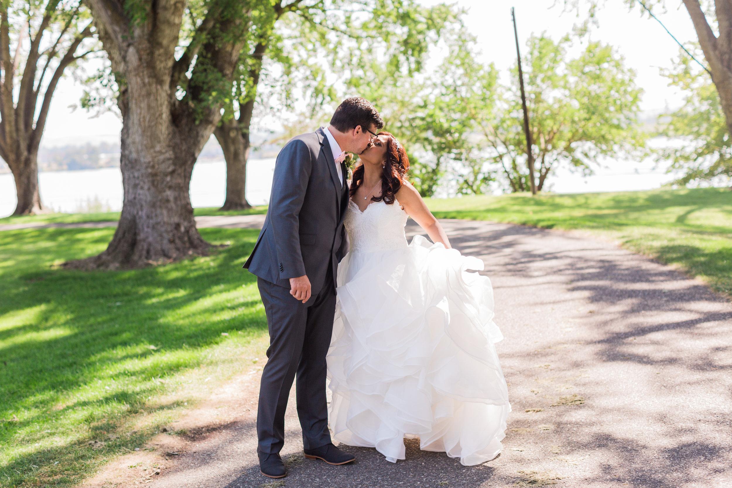 Pasco Wedding