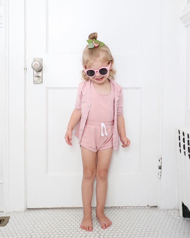 Penelope Flora's OOTD. After the heat wave we had this weekend, today is a lovely 70 degrees and overcast after raining this morning. So she doesn't need those sunglasses, but she's so used to wearing some now 😂. We are definitely welcoming this cooler break today. #seepennywear #penelopeflora #juneandjanuary