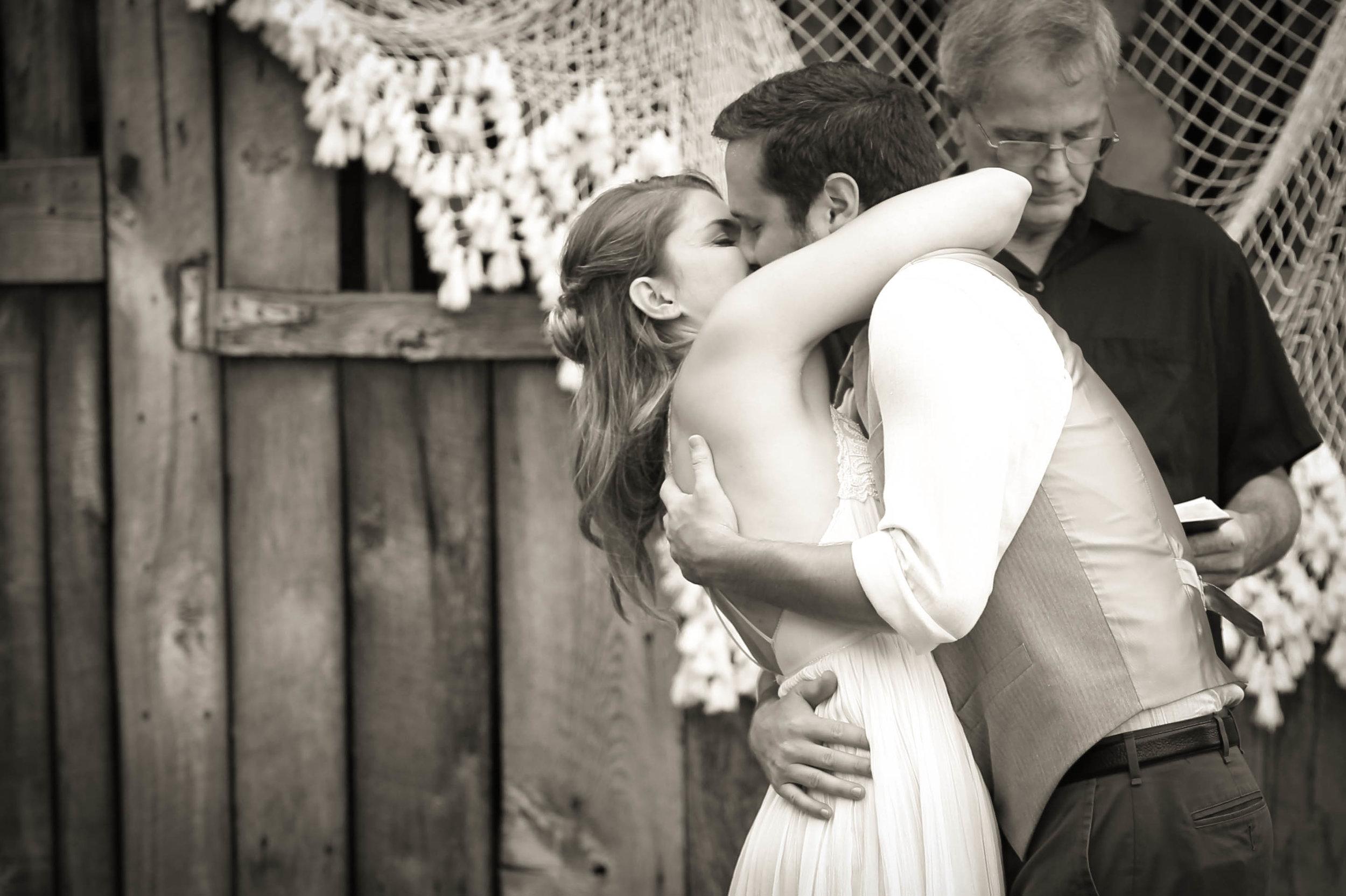 bnw kiss cori.jpg