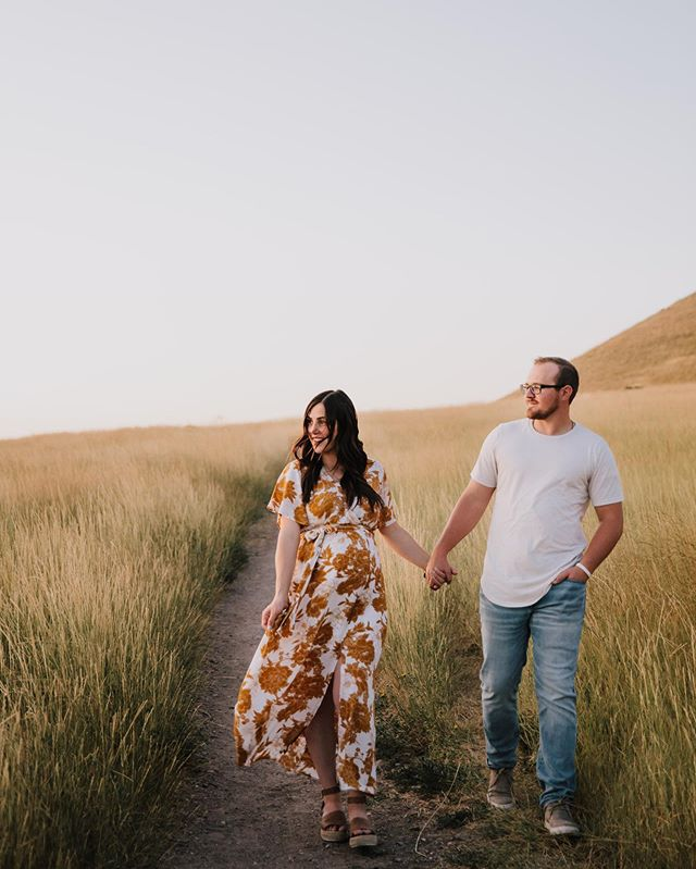 Three weeks till Baby Haws is here and little does that boy know he's getting the most incredible mom and dad! I've known Aly and Zach for the longest time, they witnessed me almost blow up my car in high school... now I can't wait to watch them become parents!! Let's just pray he doesn't raise as much havoc as we did😅