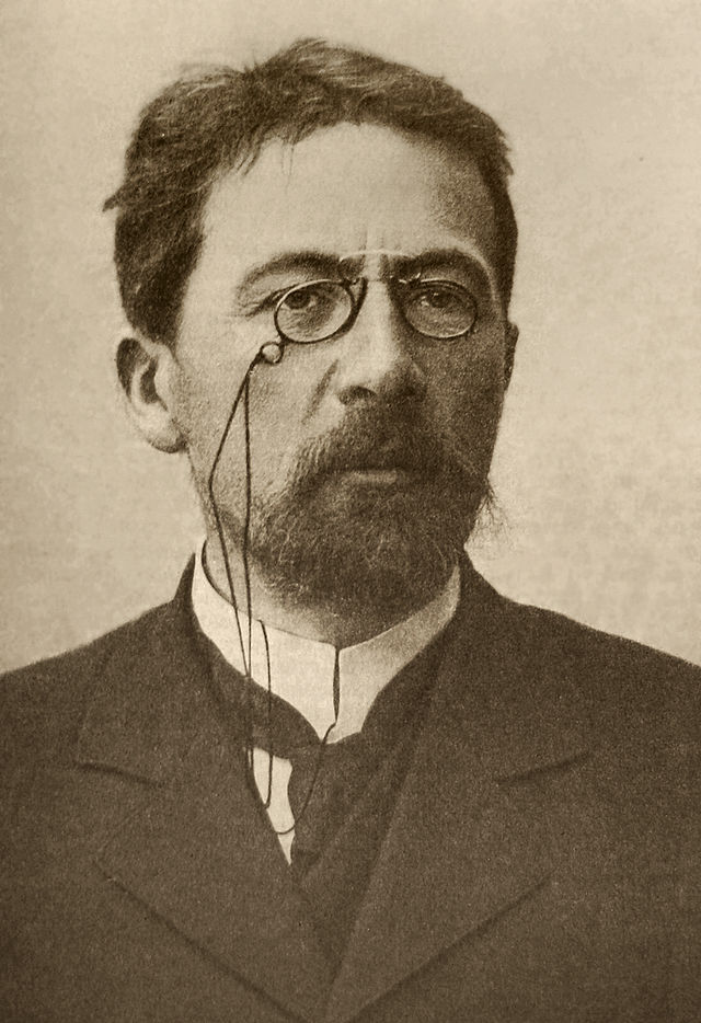 640px-Chekhov_1903_ArM.jpg