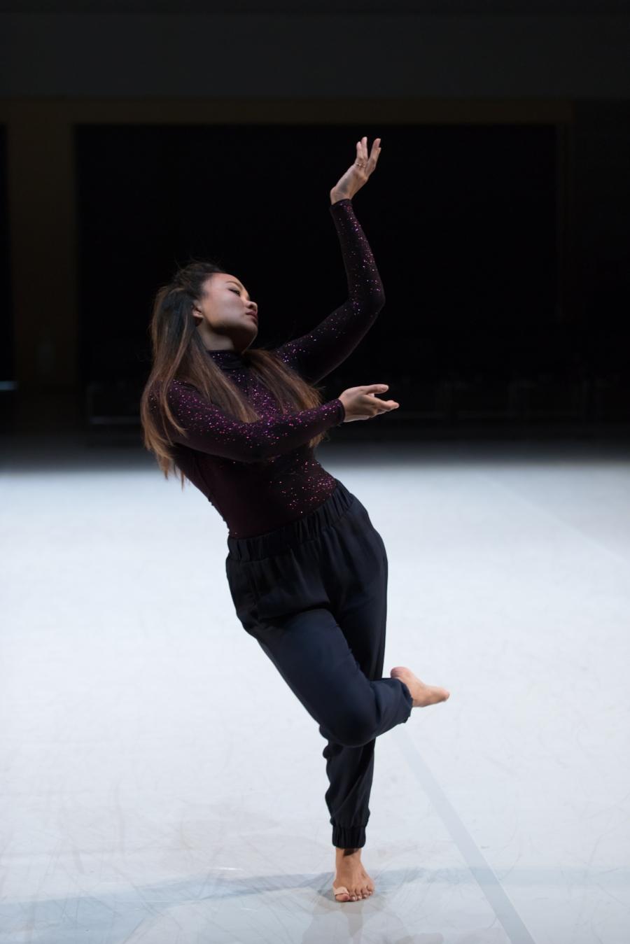 Suzette Sagisi in  Taglish . Photo by Margo Moritz.