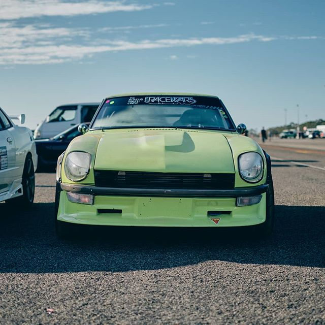 We like Datsuns, so should you. . . . #garagejournal #classiccar #carsofinstagram #racing  #carphotography #motorsport #drivetastefully #petrolicious #vintagecar #drivevintage #classiccarspotting #getoutanddrive #vintageracing #classiccars #automotivephotography #datsun #240z #260z #fairladyz #fuji #fujifilm #xh1