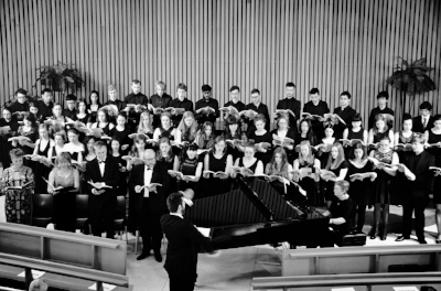 Conducting the Dvořák  Stabat Mater  in concert at Monash University (2014).