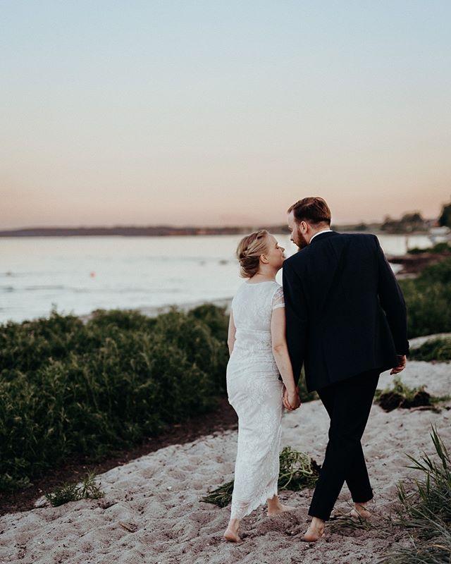 Christel & Jonas, @restaurantsletten #restaurantsletten  #bryllup #bryllupsfotograf #bryllupsfotografkøbenhavn #weddingphotographercopenhagen #copenhagenwedding #bröllop #bröllopsverige #bröllopsfotograf #bryllupsfotografnorge #bryllupnorge #swedenweddingphotographer #norwayweddingphotographer #oslobryllupsfotograf #stockholmbröllopsfotograf #stockholmbröllop #hochzeitsreportage #hochzeit #zurichwedding #weddingswitzerland #switzerlandweddingphotographer #kopfundhut #balaszeskul #hochzeitzurich #traumhochzeit #hochzeitsfotograf #zurichwedding #lakecomowedding #copenhagenfood