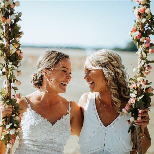 Christina & Line, @sonnerupgaard #sonnerupgaard  #bryllup #bryllupsfotograf #bryllupsfotografkøbenhavn #weddingphotographercopenhagen #copenhagenwedding #bröllop #bröllopsverige #bröllopsfotograf #bryllupsfotografnorge #bryllupnorge #swedenweddingphotographer #norwayweddingphotographer #oslobryllupsfotograf #stockholmbröllopsfotograf #stockholmbröllop #hochzeitsreportage #hochzeit #zurichwedding #weddingswitzerland #switzerlandweddingphotographer #kopfundhut #balaszeskul #hochzeitzurich #traumhochzeit #hochzeitsfotograf #zurichwedding #lakecomowedding #copenhagenfood