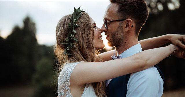 Marie & Martin, @havreholmslot #havreholmslot  #bryllup #bryllupsfotograf #bryllupsfotografkøbenhavn #weddingphotographercopenhagen #copenhagenwedding #bröllop #bröllopsverige #bröllopsfotograf #bryllupsfotografnorge #bryllupnorge #swedenweddingphotographer #norwayweddingphotographer #oslobryllupsfotograf #stockholmbröllopsfotograf #stockholmbröllop #hochzeitsreportage #hochzeit #zurichwedding #weddingswitzerland #switzerlandweddingphotographer #kopfundhut #balaszeskul #hochzeitzurich #traumhochzeit #hochzeitsfotograf #zurichwedding #lakecomowedding #copenhagenfood
