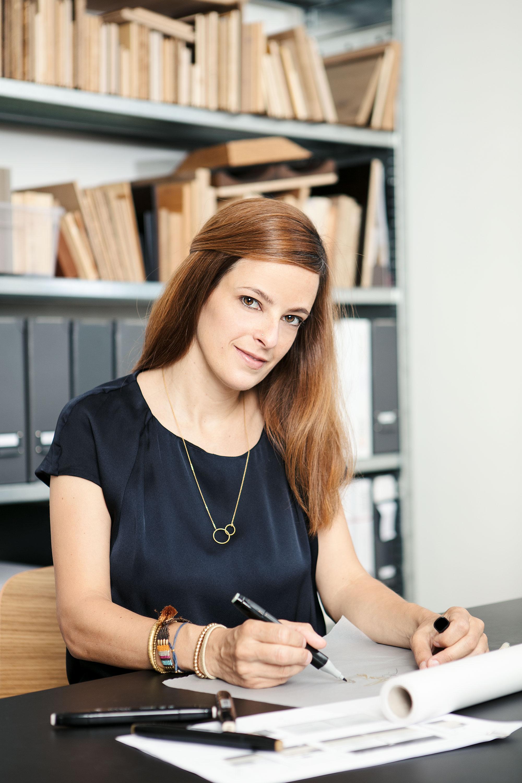Nader_Interior_Portrait_Ursula.jpg