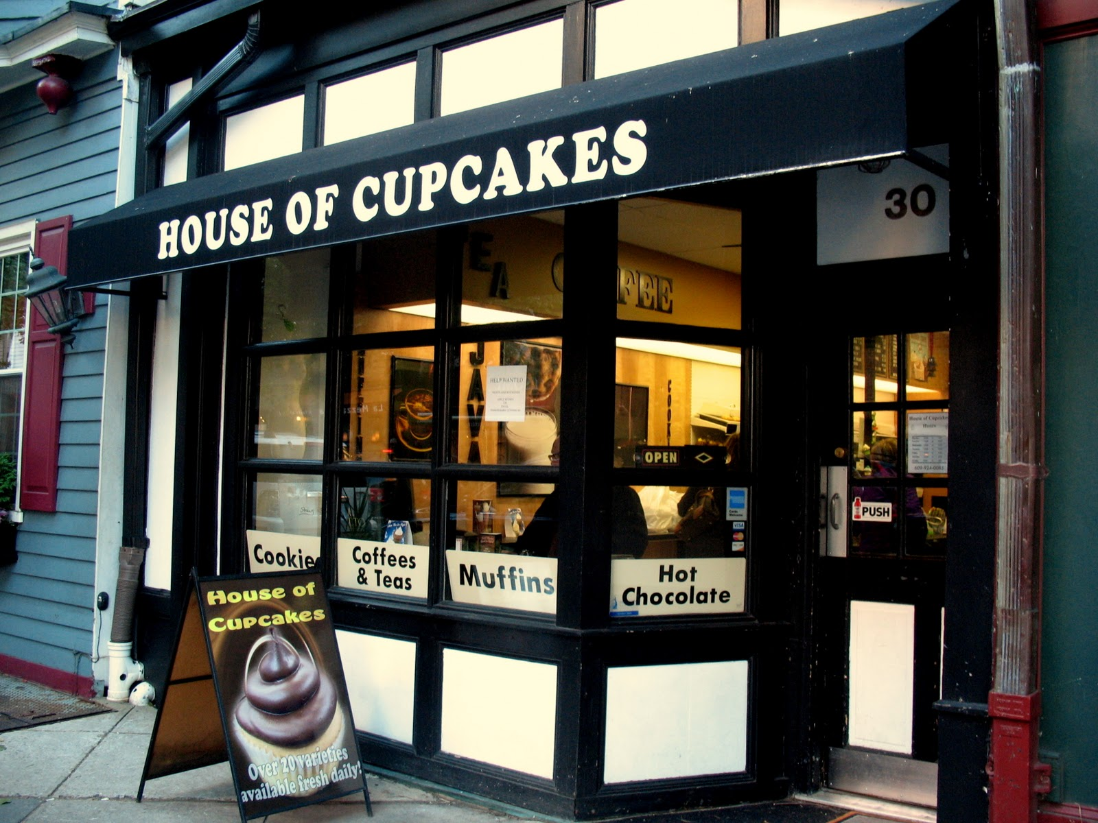 House of Cupcakes.