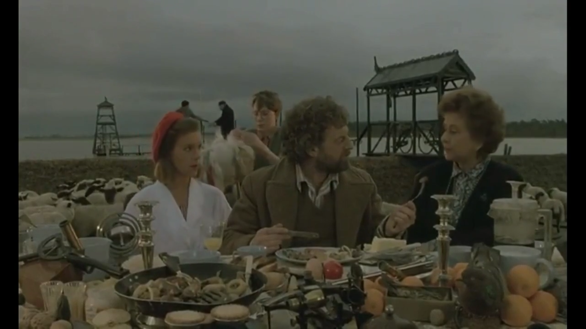 Screenshot from Peter Greenaway's  Drowning By Numbers , 1988.