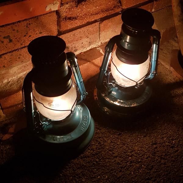 q-station-lamps.jpg