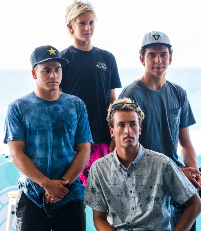 Surfers competing in Vissla Sydney Surf Pro 2018