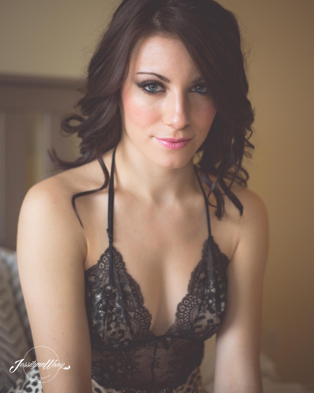 Deanna Boudoir-0469.jpg