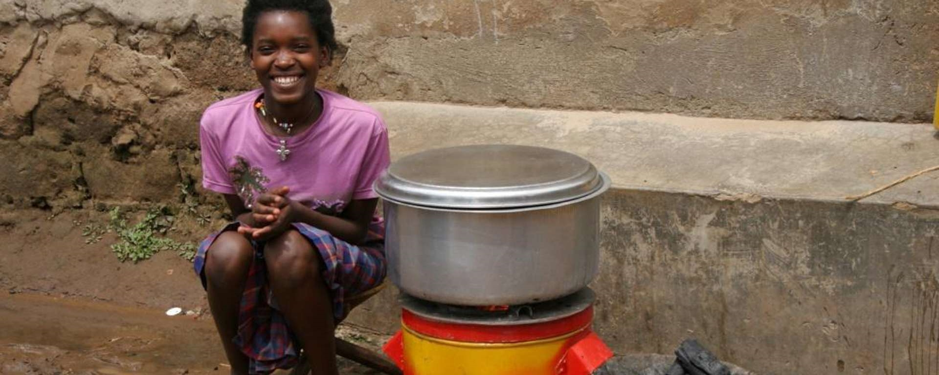 INTRODUCING ENERGY EFFICIENT COOKSTOVES