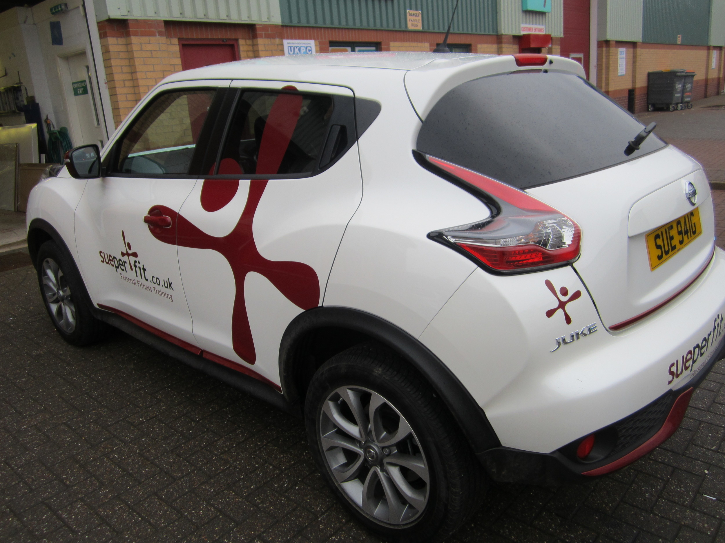 Sueperfit Vehicle Graphics