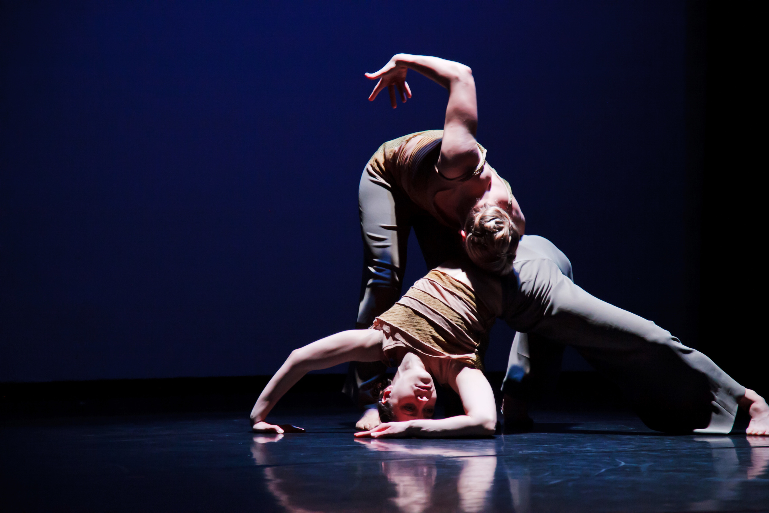 Zenon-My Very Empty Mouth by Wynn Fricke-Photo by William Cameron-Dancers Tamara Ober, Laura Selle Virtucio.jpg