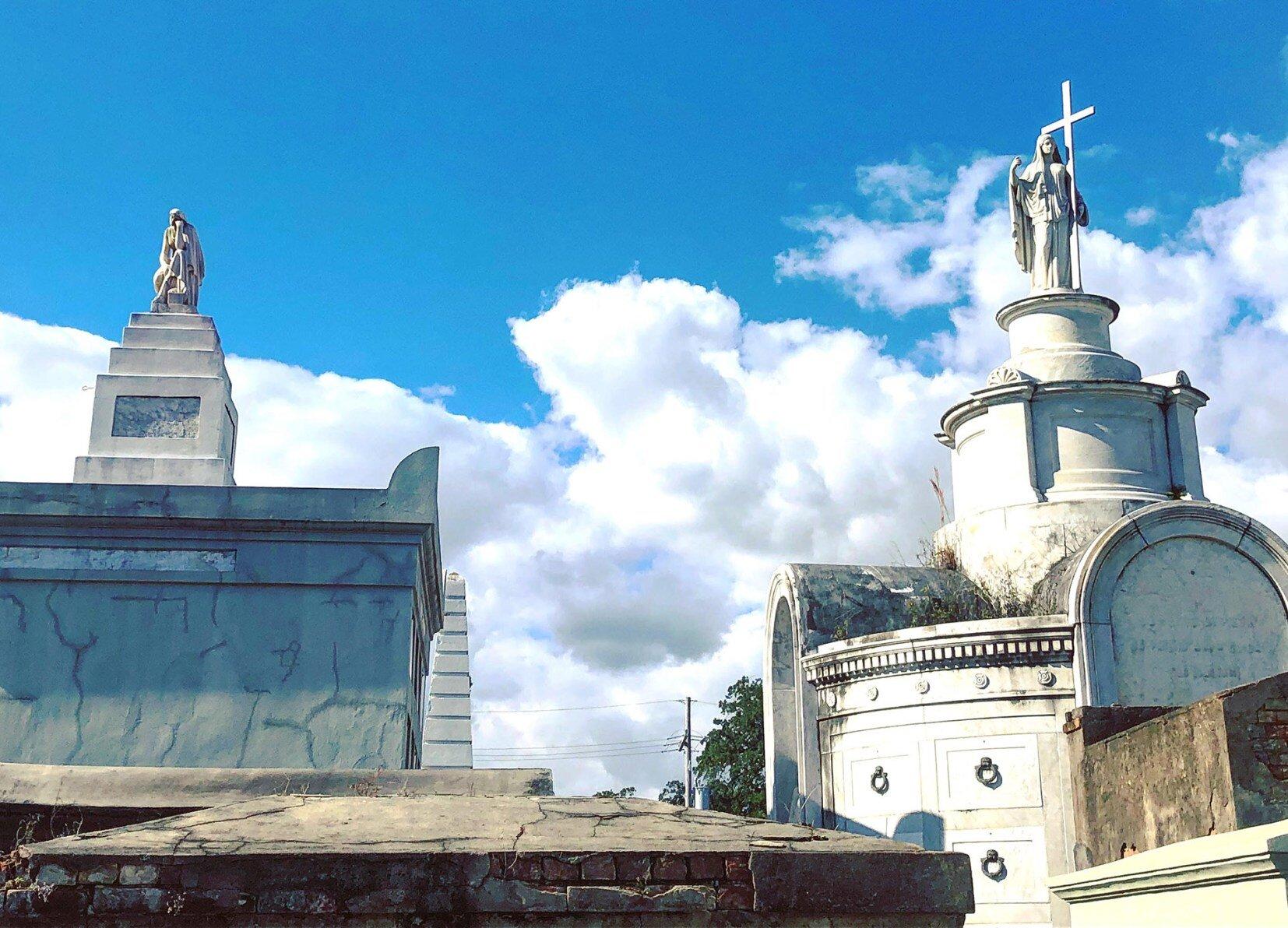 st-louis-cemetery-tour.jpg