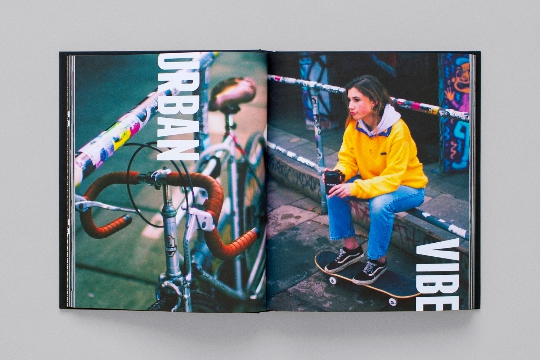 Mascot-Benugo-Book-Photography-04.jpg