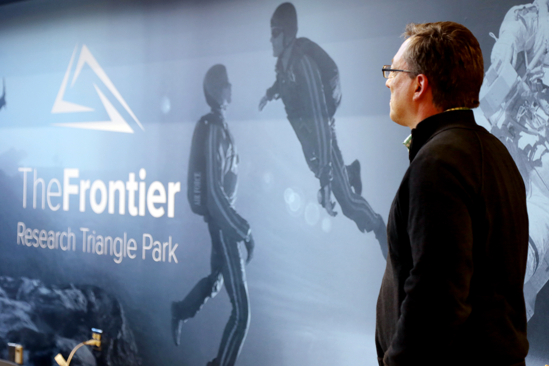 THE FRONTIER - COLLABORATIVE WORKPLACE