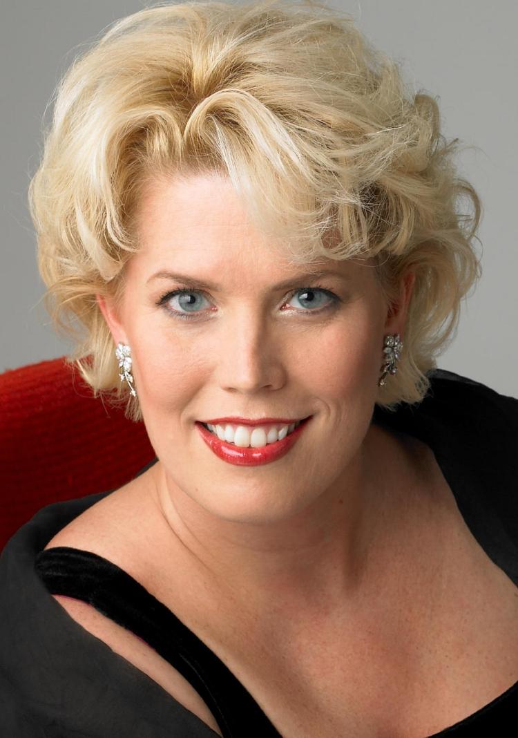 Caroline Worra  Alice Ford