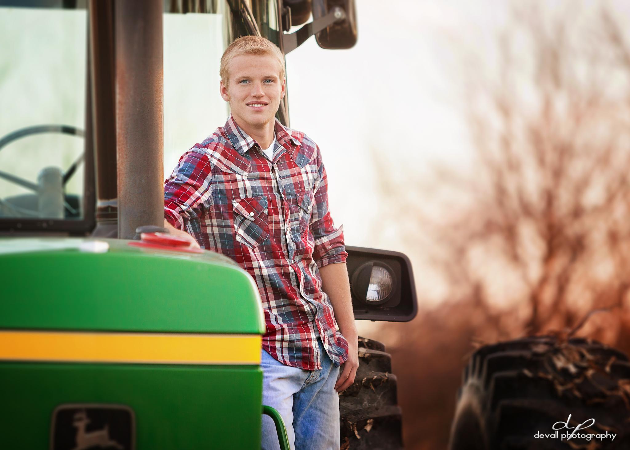 tractor side 57.jpg
