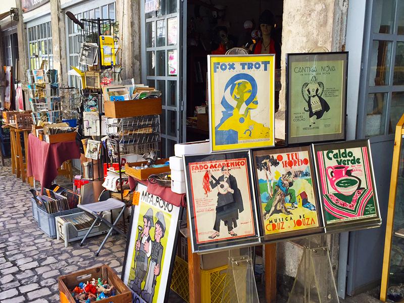 Snapshots at the local flea markets, Lisboa