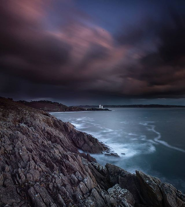 The Perfect Lighthouse 🔦 . . . . . #seascapes #lighthouse #brittany #ocean #sea #sunset #clouds #naturewalk #natureshooters #sky #landscapes #amazing #naturephotography #instadaily #natureperfection #landscapelovers #naturediversity #naturephoto #landscapestyles #landscape #naturegram #trip #view #nature #natureseekers #lighthouse_lovers