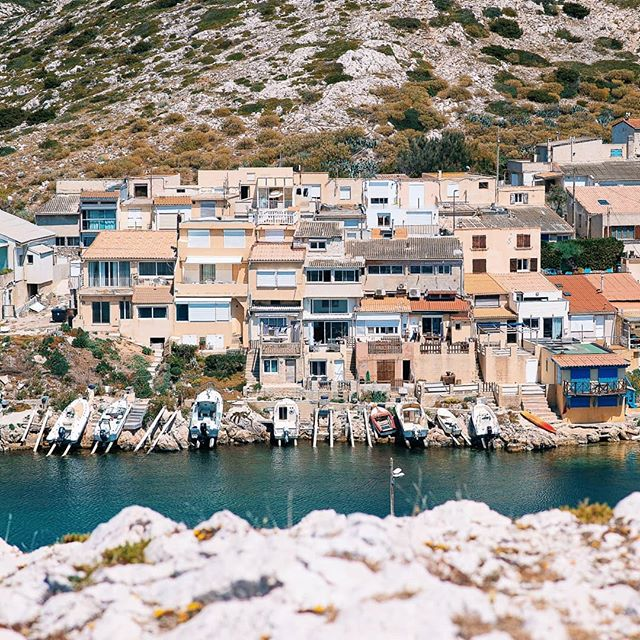 Les Goudes, Marseille 🌊 . . . . . . #marseille #marseillecity #marseillerebelle #marseillegram #igersmarseille #landscapes #france #boat #boats #landscape_lover #landscapehunter #summeriscoming #summer #port #sea #sun #provence #marseillesometimes #marseillejetaime