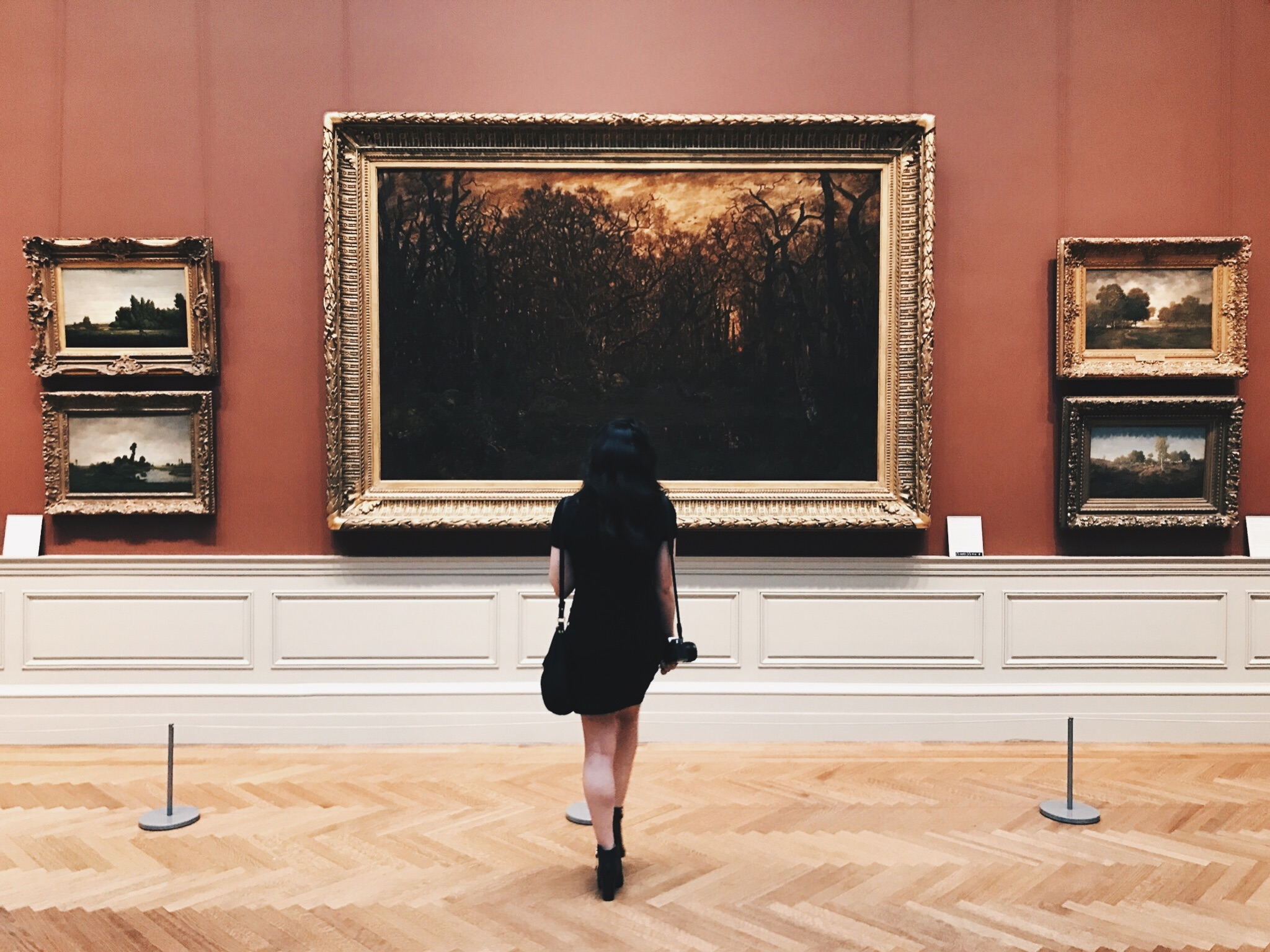 I could almost start a series just on photos of the back of my head while at art museums. No joke. Ranging from the age of 8 all the way up to now at 23