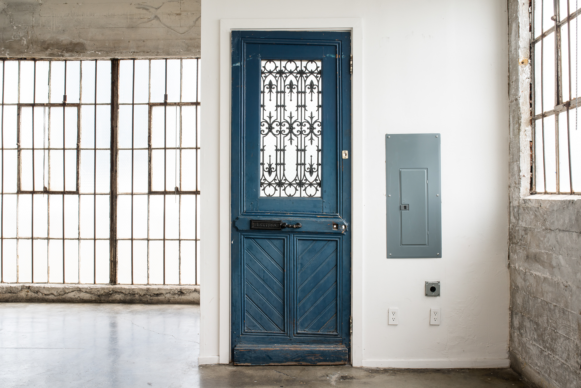 GreyLoftbathroomdoor.jpg