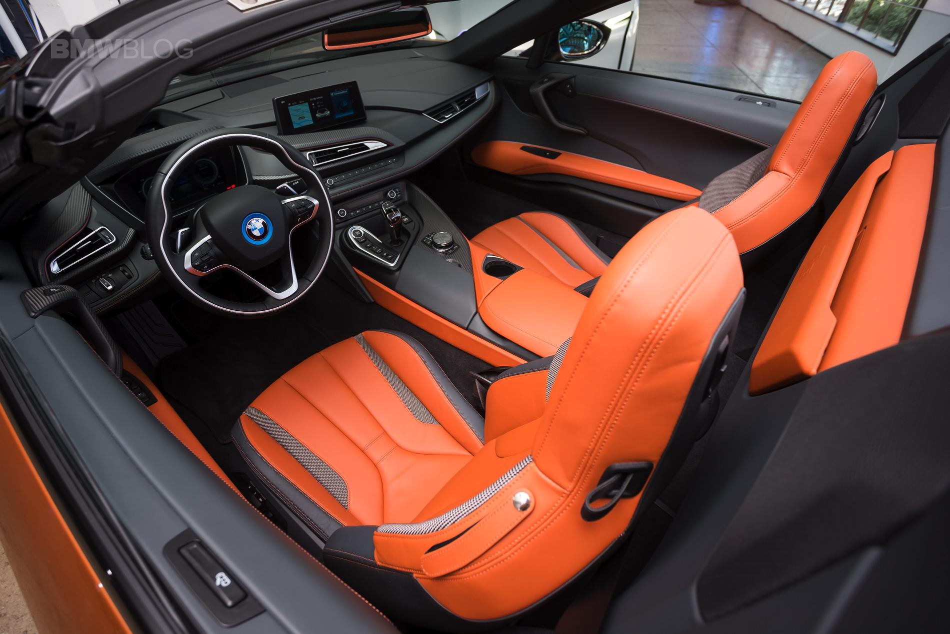 2018-BMW-i8-Roadster-19.jpg