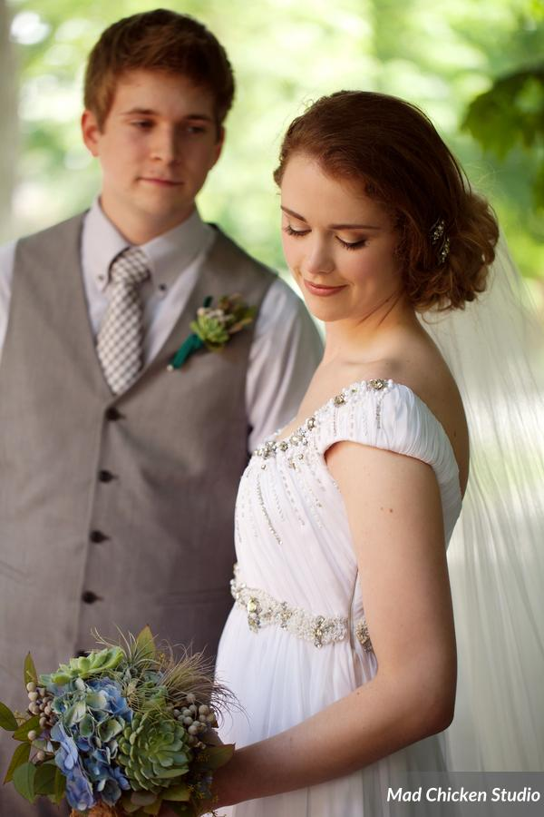 Eric & Alexis's wedding day was just gorgeous - gorgeous couple, gorgeous weather, gorgeous flowers, gorgeous everything!