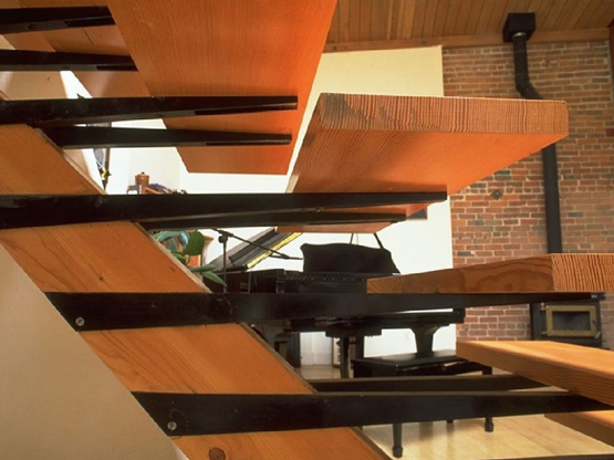 - FLOATING STAIRCASE
