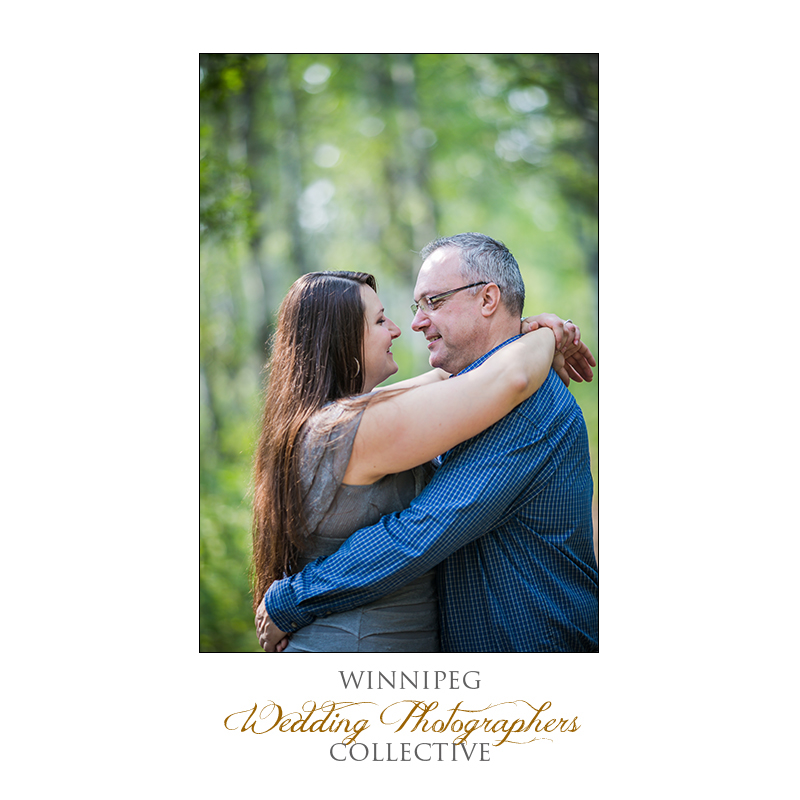Chris & Leslie_AssiniboineForest_E-session_Blog5.jpg