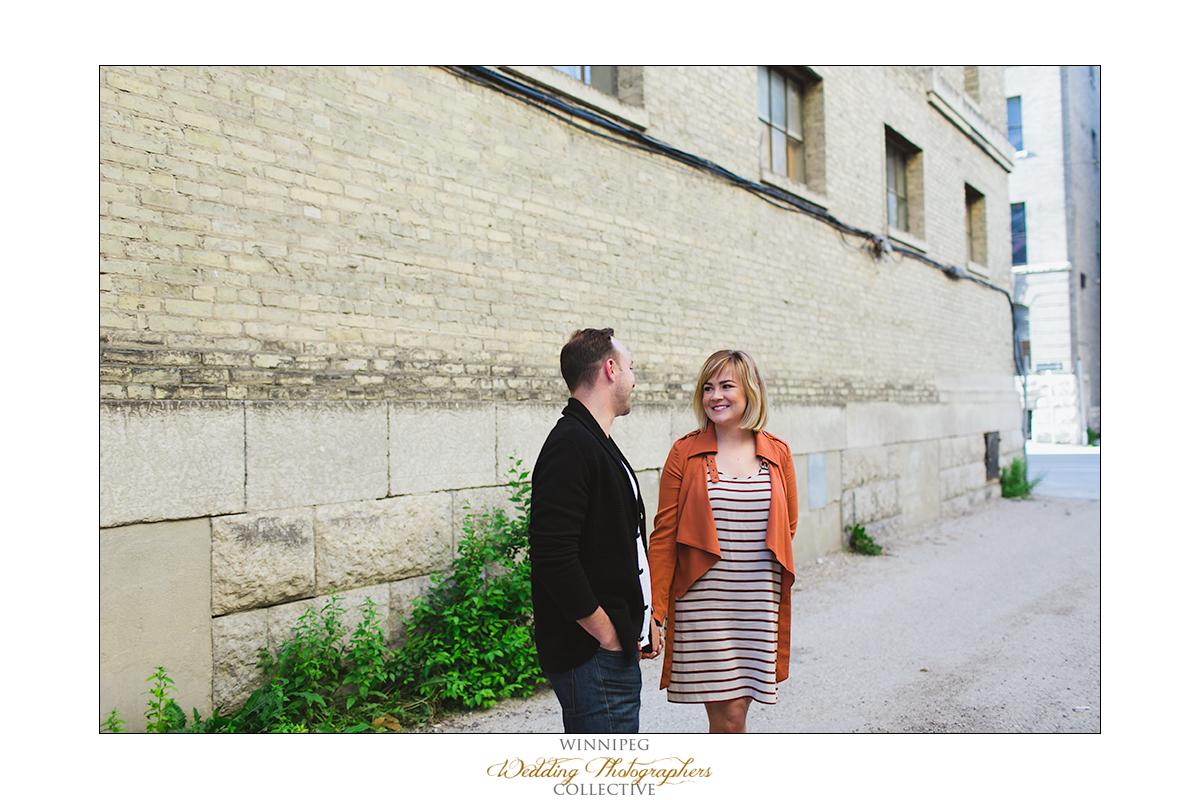 Ryan&Lindsay_Engagement_Reanne_ExchangeDistrict_03.jpg