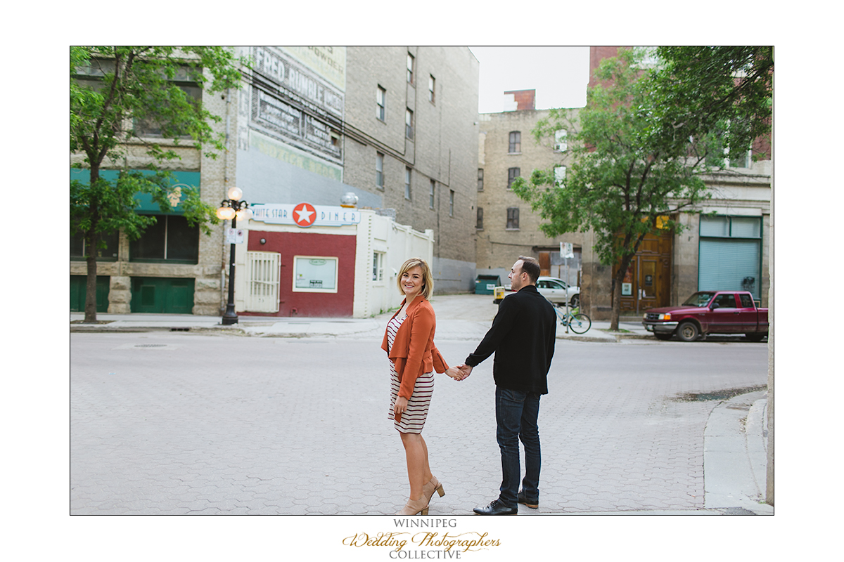Ryan&Lindsay_Engagement_Reanne_ExchangeDistrict_022.jpg