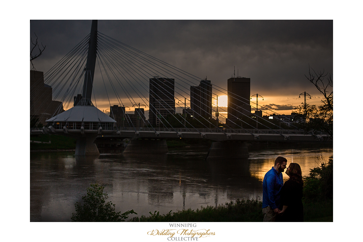 8 Winnipeg Sunset Engaged Engagement Shoot River Love Tony.jpg