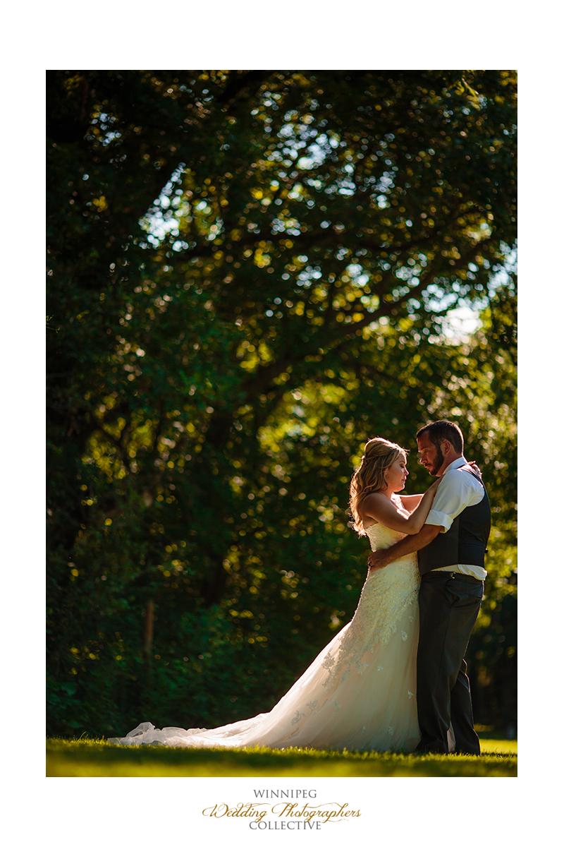 14_Country Hawthorn Estates Wedding Winnipeg Manitoba Canada.jpg