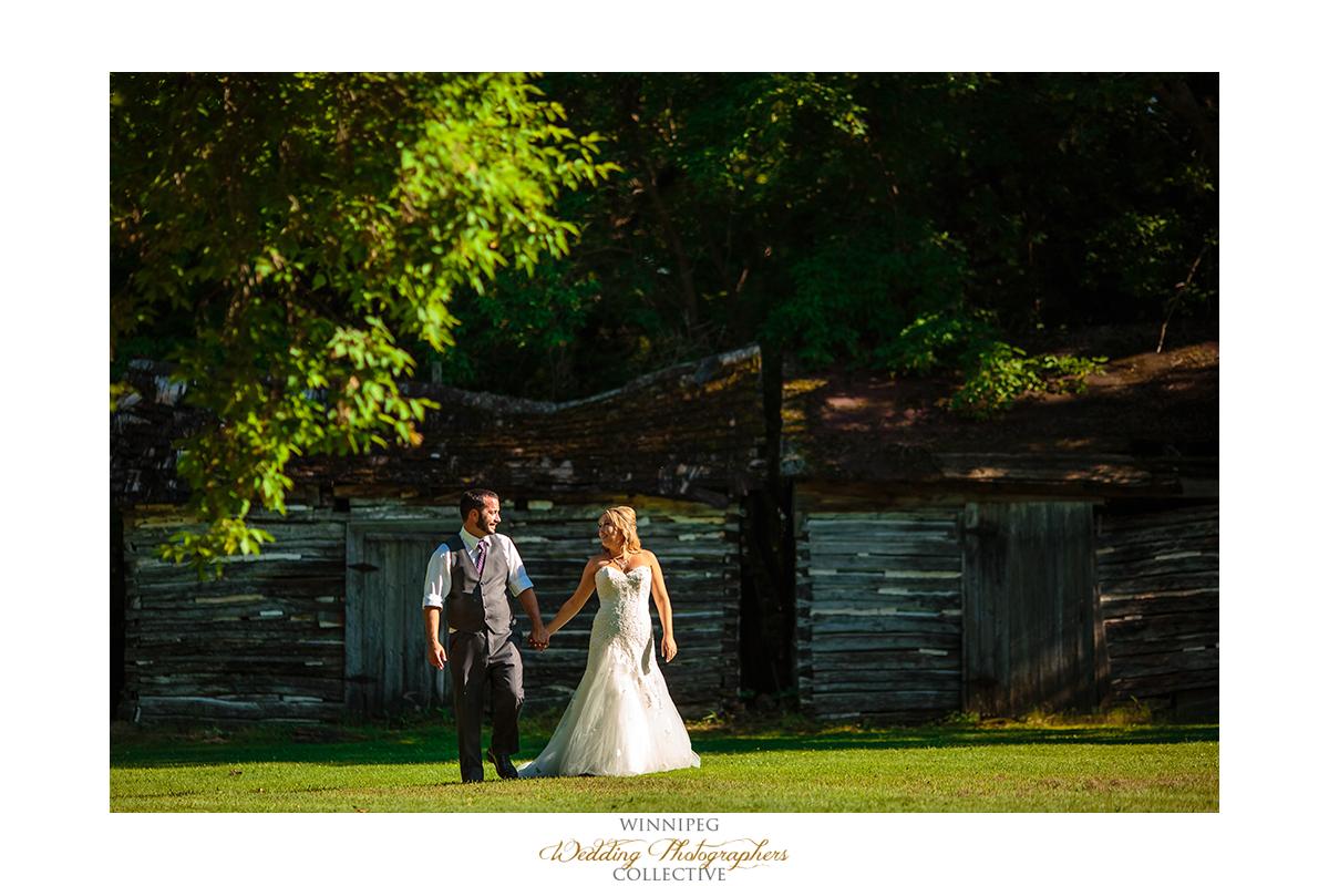 16_Country Hawthorn Estates Wedding Winnipeg Manitoba Canada.jpg