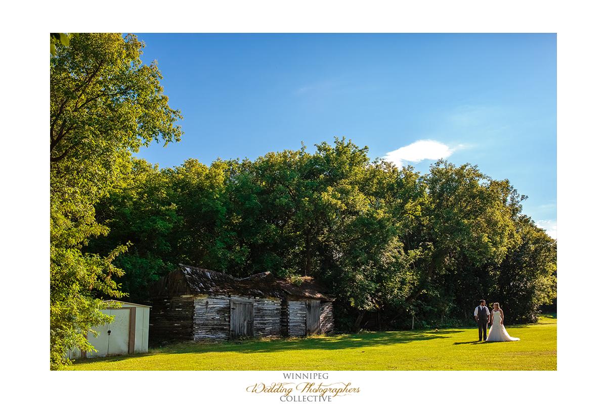 17_Country Hawthorn Estates Wedding Winnipeg Manitoba Canada.jpg