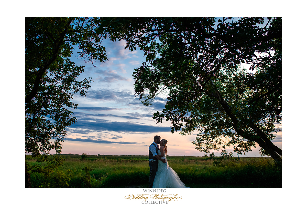 26_Country Hawthorn Estates Wedding Winnipeg Manitoba Canada.jpg